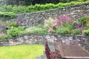 Garden care and gardening Chapel Style, Langdales
